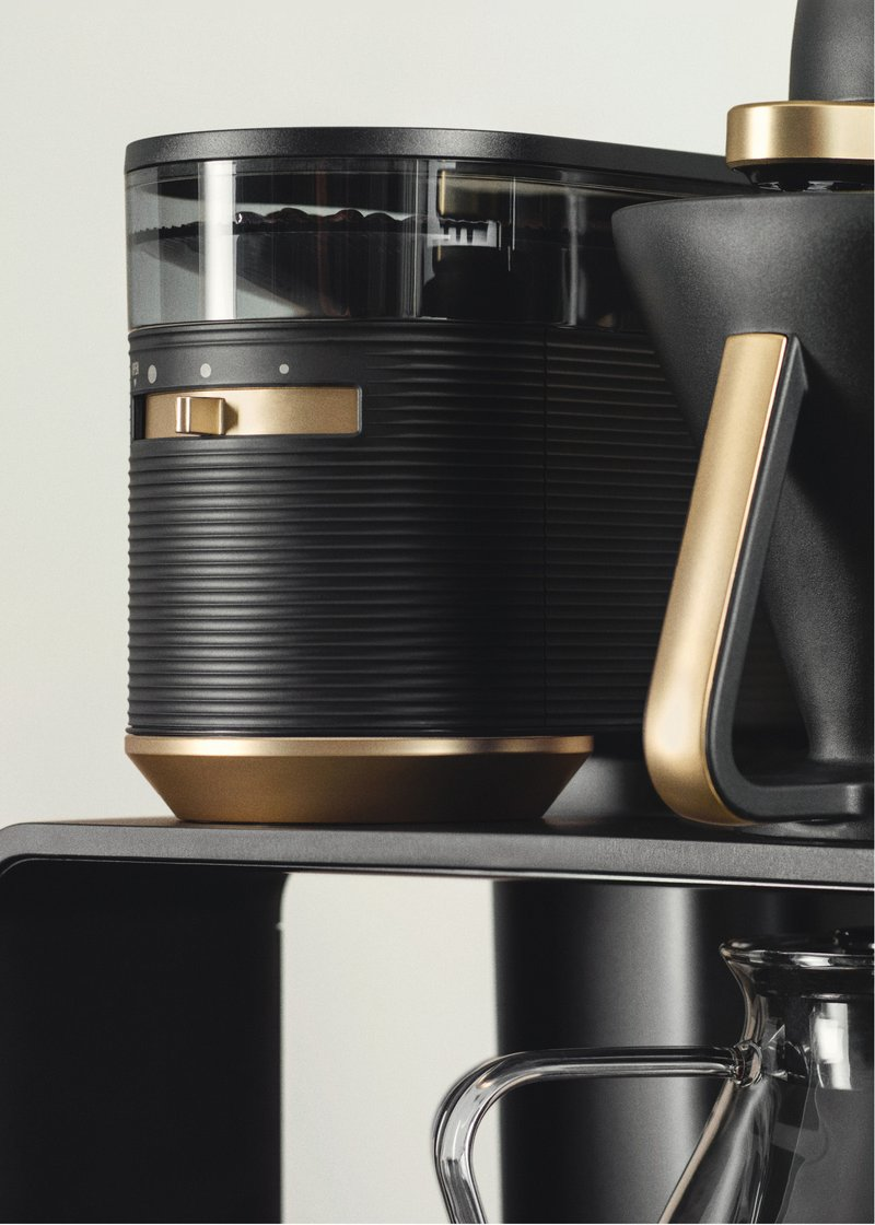 Melitta® EPOS® is the first electric Pour Over system with integrated grinder